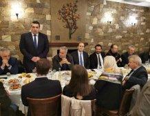 Τι είπε ο Βορίδης στο γεύμα εργασίας της ΝΟΔΕ Ημαθίας στη Βέροια με συνεταιριστές και παραγωγούς