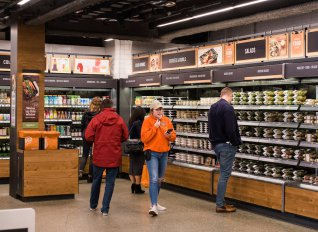 Άνοιξε το πρώτο κατάστημα τροφίμων Amazon Go και λειτουργεί χωρίς ταμεία
