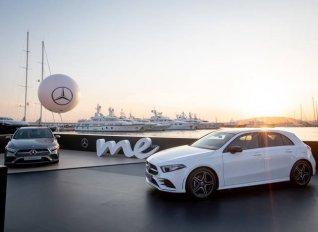 Με live show του Σάκη Ρουβά έκανε πρεμιέρα στην Αθήνα η νέα Mercedes A Class
