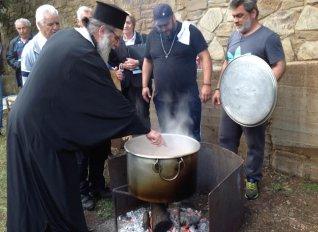 Τη «μοναστηριακή κουζίνα» μετέφεραν Γερμανοί δημοσιογράφοι στο κοινό