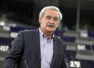 Ο ευρωβουλευτής της ΛΑΕ Ν. Χουντής στη Σάμο