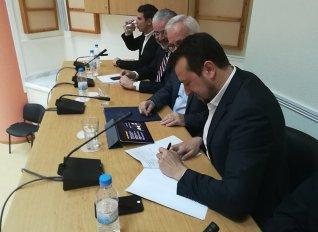 Μνημόνιο συνεργασίας για τη χρήση μεθόδων γεωργίας ακριβείας μεταξύ των υπουργών Παππά και Αποστόλου