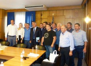 Με επίκεντρο τις «ελληνοποιήσεις» γάλακτος έγινε η συνάντηση Βορίδη με Ομοσπονδία Κτηνοτρόφων Θεσσαλίας