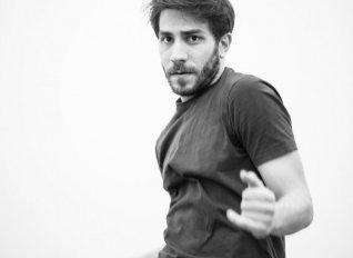 """Νέα χοροθεατρική παράσταση από την Ίριδα Καραγιάν με τίτλο """"Unauthorised"""""""