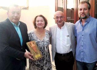 Στο ελαιόλαδο ACAIA το βραβείο Best of Greece Oil του διαγωνισμού ελαιολάδου TerraOlivo