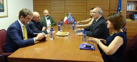 Συμμαχίες αναζητά η ελληνική πλευρά για την προστασία των ΠΟΠ εκτός Ε.Ε. - Ο Μπόλαρης συνάντησε τον Ιταλό πρέσβη