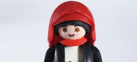 «Το '21 Αλλιώς»: Η ελληνική επανάσταση με φιγούρες και διοράματα Playmobil