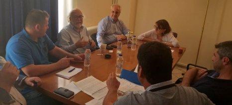 Για το γάλα και το πρόσφατο κρούσμα βρουκέλλωσης συζήτησε η Τελιγιορίδου με βουλευτές και κτηνοτρόφους της Καβάλας