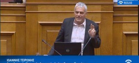 Τσιρώνης: «Στην Ελλάδα της αρπαχτής κυριαρχούσαν τα τσιμπούρια. Στην Ελλάδα που οικοδομούμε εμείς, οι μέλισσες»