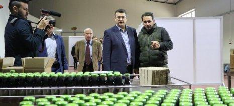 Περιοδεία Τζιτζικώστα στις Σέρρες - επισκέφθηκε τη μονάδα μεταποίησης αρώνιας του κ. Κωνσταντινίδη