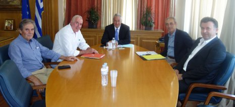 Ενισχύσεις στους αγρότες που παράγουν και στρατηγικό σχέδιο για την αμπελουργία ζητά η ΚΕΟΣΟΕ