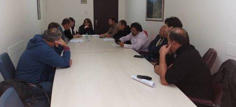 Τα πιο κρίσιμα θέματα που απασχολούν τους παράκτιους αλιείς συζητήθηκαν στη συνάντησή τους με την Τελιγιορίδου