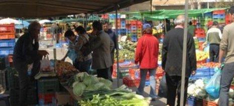 Ισότιμη αντιμετώπιση με την υπόλοιπη αγορά τροφίμων, ζητούν οι οργανώσεις των λαϊκών αγορών