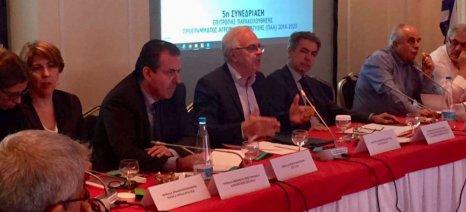 Ανακατανομή πόρων 300 εκατ. ευρώ στα αγροτικά προγράμματα