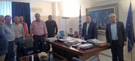 Με το Δήμαρχο Τυρνάβου και εκπροσώπους των αγροτών της περιοχής συναντήθηκε σήμερα ο Κόκκαλης