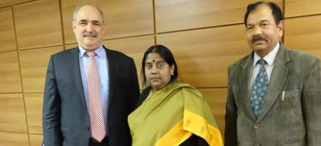Με την πρέσβειρα της Ινδίας συναντήθηκε χθες ο Μπόλαρης
