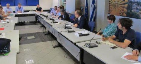 Στενότερη συνεργασία ΟΕΒ και ΥΠΑΑΤ για κονδύλια στη συντήρηση των αρδευτικών δικτύων