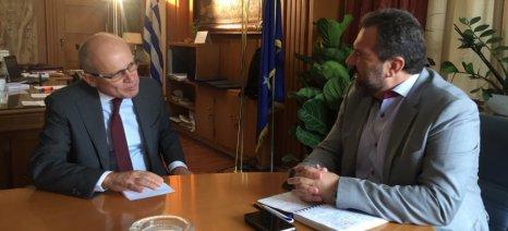 Για τις εμπορικές σχέσεις Ελλάδας-Ιταλίας και τις κοινές θέσεις για τη νέα ΚΑΠ συζήτησε ο Αραχωβίτης με τον Ιταλό πρέσβη