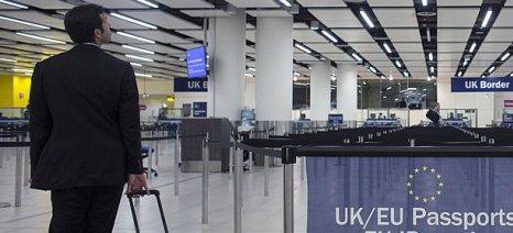 Με τη συνθήκη Σένγκεν συμμορφώνεται η Γερμανία μετά τις ελληνικές αντιδράσεις για τους αυστηρούς ελέγχους στα αεροδρόμια