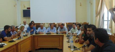 Λύσεις εδώ και τώρα ζητούν από τον πρόεδρο του ΕΛΓΑ αγρότες και κτηνοτρόφοι της Κρήτης