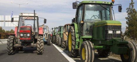 Άκαρπη συνάντηση αγροτών υπουργών – στα μπλόκα η συνέχεια των κινητοποιήσεων