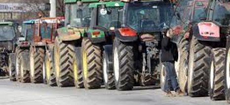 Μπλόκα για το φορολογικό στήνουν και οι αγρότες της Βοιωτίας