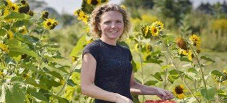 ΠΕΝΑ: Καθοριστικός ο ρόλος της γυναίκας στην αγροτική οικονομία