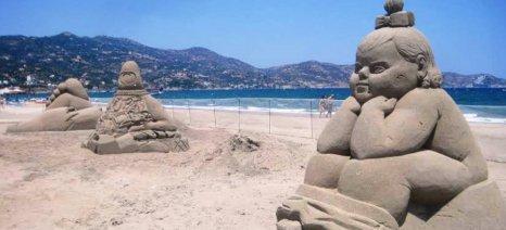 Ολοκληρώθηκαν τα γλυπτά του 2ου Φεστιβάλ Γλυπτικής στην Άμμο, στο Ηράκλειο