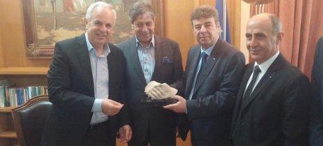 Συμβολική η συνάντηση Αποστόλου με τον Παλαιστίνιο υφυπουργό Γεωργίας