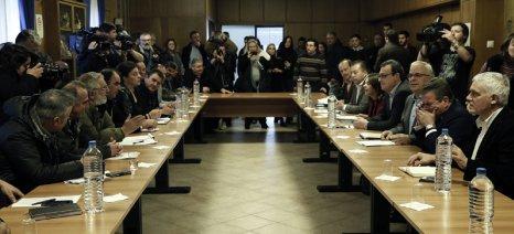 Όλα τα αιτήματα της Πανελλαδικής Επιτροπής Μπλόκων συζητήθηκαν στο «τραπέζι» του 6ου ορόφου