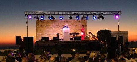 Αποστόλου: Μονόδρομος η σύνδεση των κρασιών της Σαντορίνης με τον τουρισμό