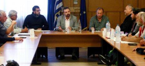Για το επικείμενο νομοσχέδιο για την αλιεία ενημέρωσε τους παράκτιους αλιείς ο Αραχωβίτης