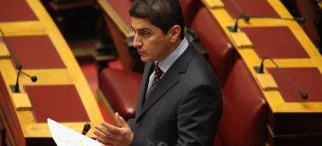 Ερώτηση κατέθεσε και ο Αυγενάκης για τις εισαγωγές πρόβειου γάλακτος