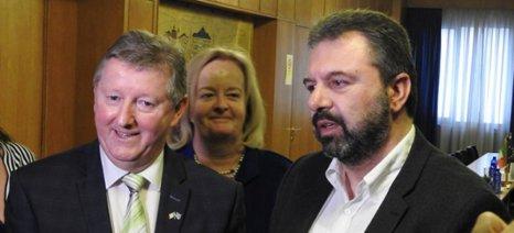 Κλιματική αλλαγή και ψηφιακή γεωργία στο επίκεντρο συνάντησης του Αραχωβίτη με τον Ιρλανδό ομόλογό του