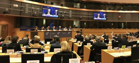 Δεν έπεισε ο Χόγκαν τους ευρωβουλευτές για τις προθέσεις του σχετικά με το μέλλον της ΚΑΠ