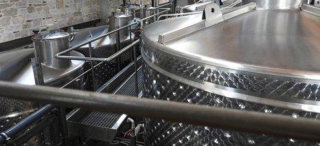 Εγγυητική 1.000 ευρώ ανά 1.000 εκατόλιτρα κρασιού θα προβλέπονται για τη φορολογική αποθήκη