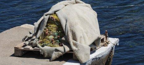Με την έγκριση της Κομισιόν μπαίνουν και οι επιλαχόντες αλιείς στο μέτρο της απόσυρσης των παλιών καϊκιών