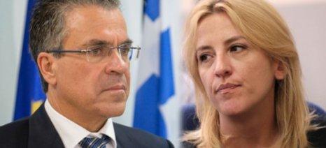 60.000 ευρώ αποζημίωση στη Δούρου από το Ντινόπουλο για συκοφαντική δυσφήμιση