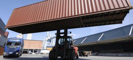 Πάνω από τα μισά φορτία εισαγόμενου ρυζιού στο λιμάνι του Πειραιά βρέθηκαν με υπολείμματα γεωργικών φαρμάκων