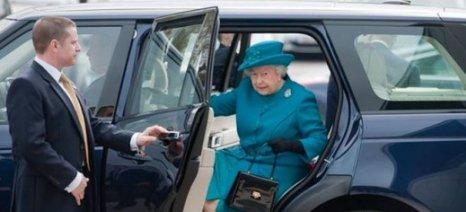 Η βασίλισσα Ελισάβετ ψάχνει για νέο σοφέρ
