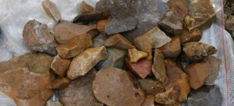 Ανακαλύφθηκαν τα αρχαιότερα στον κόσμο ζωικά ίχνη πάνω σε λίθινα εργαλεία ηλικίας 250.000 ετών