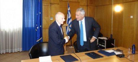 Προσδοκίες για φθηνά αγροτικά δάνεια μετά την συμφωνία ΥΠΑΑΤ - Ευρωπαϊκού Ταμείου Επενδύσεων