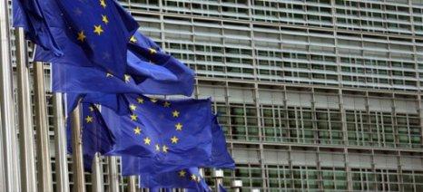 Η Ευρωπαϊκή Ένωση απορρίπτει τις κατηγορίες της Μέι για ανάμιξη στις βρετανικές βουλευτικές εκλογές