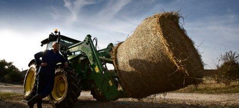Απαλλάσσονται από τα λογιστικά βιβλία οι αγρότες με έσοδα έως 1,5 εκατ. ευρώ