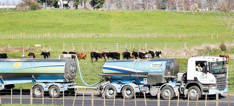 Σκαρφαλώνουν οι διεθνείς τιμές του αγελαδινού γάλακτος