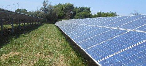 Με ΚΥΑ θα καθορισθούν τα φωτοβολταϊκά που θα εγκαθίστανται σε γεωργική γη υψηλής παραγωγικότητας