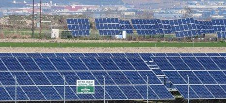 Μέχρι τέλος 2019 δηλώσεις κατ' επάγγελμα αγροτών με φωτοβολταϊκά σύμφωνα με το υπό διαβούλευση νομοσχέδιο Χατζηδάκη