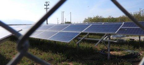 Τουλάχιστον μέχρι τέλος Αυγούστου οι δηλώσεις επαγγελματιών αγροτών με φωτοβολταϊκά