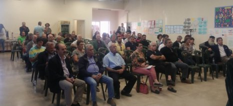 Παρουσίασαν στους αγρότες του Τυμπακίου τις συνέπειες της έκθεσης σε γεωργικά φάρμακα