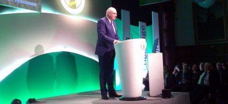 Ο Φιλ Χόγκαν προειδοποιεί τους Βρετανούς αγρότες για τις συνέπειες της εξόδου της Βρετανίας από την Ε.Ε.